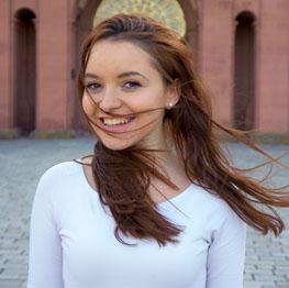 Eva_Xhoxha